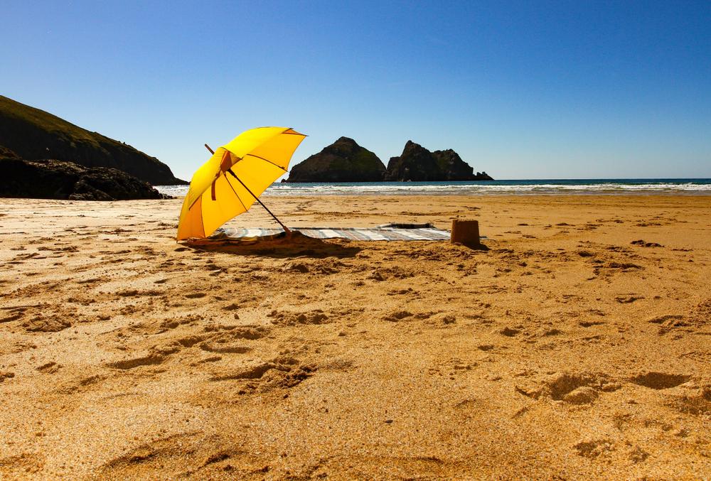 shutterstock_1485616241_beach